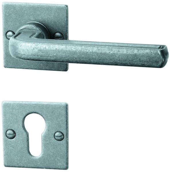 Rosettengarnitur Eisen thermopatiniert ®, PZ, Dist. variabel L x B: 52 mm x 52 mm der Serie TG054 Bild1