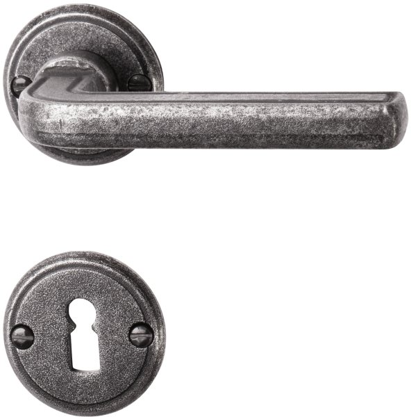 Rosettengarnitur in Eisen schwarz passiviert (BB). Rosette: 53 mm, Griff: 120 mm Bild1