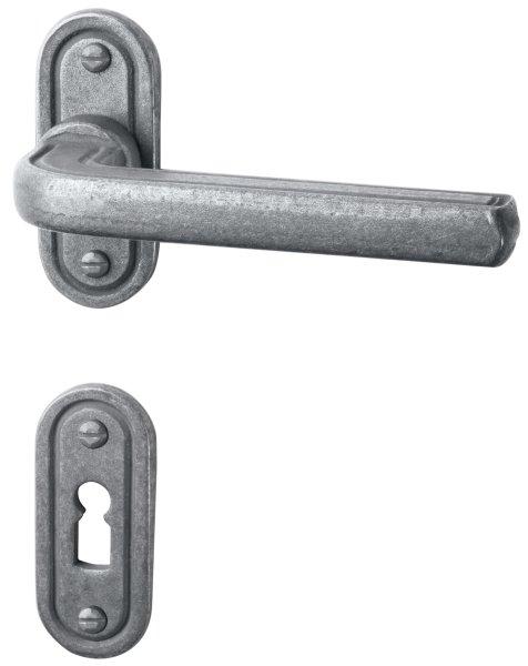 Rosettengarnitur in Eisen schwarz passiviert (PZ). Rosette: 73x30 mm, Griff: 120 mm  Bild1