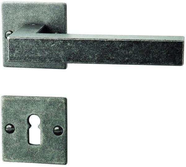 Rosettengarnitur in Eisen schwarz passiviert (BB). Rosette: 52x52 mm, Griff: 125 mm Bild1